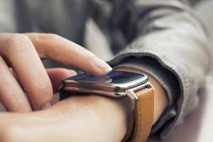 Wie aktiviere ich die eSIM einer Smartwatch?